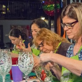 Book your Holiday Painting Party with The Paint Sesh