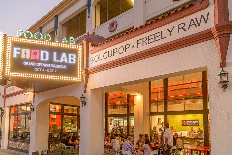 Paint and Sip at the Riverside Food Lab